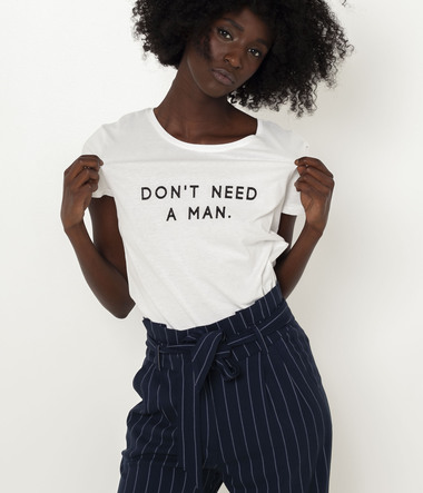 "T-shirt ""Don't need a man"" femme"