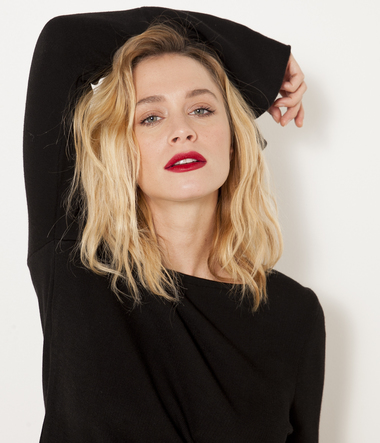 Pull manches pagodes femme